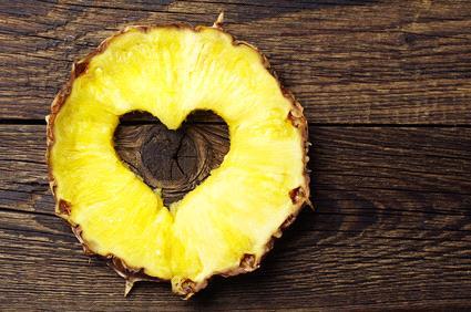 l'ananas non brucia i grassi